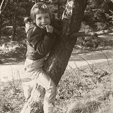 Ulrike Scheuermann Kind Baum
